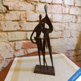 ŽENA A MUŽ SOCHA 70. LÉTA bronz 26 cm funkcionalismus